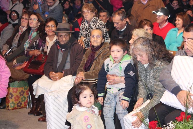 Un Show de primer nivel junto a María José Quintanilla y Los Lumaquinos Alegres, las mamitas de Olivar celebraron su día